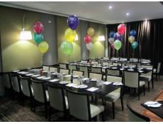 30th Birthday Table Balloon Arrangements | 30 Print The Gate Bar & Bistro Cockburn | CorporateRewards.com.au
