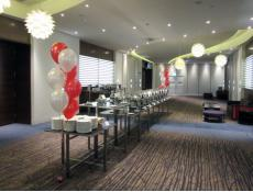 Helium Balloon Floor Arrangements | Metallic Red & White Balloons Crown Function Rooms Burswood | www.CorporateRewards.com.au