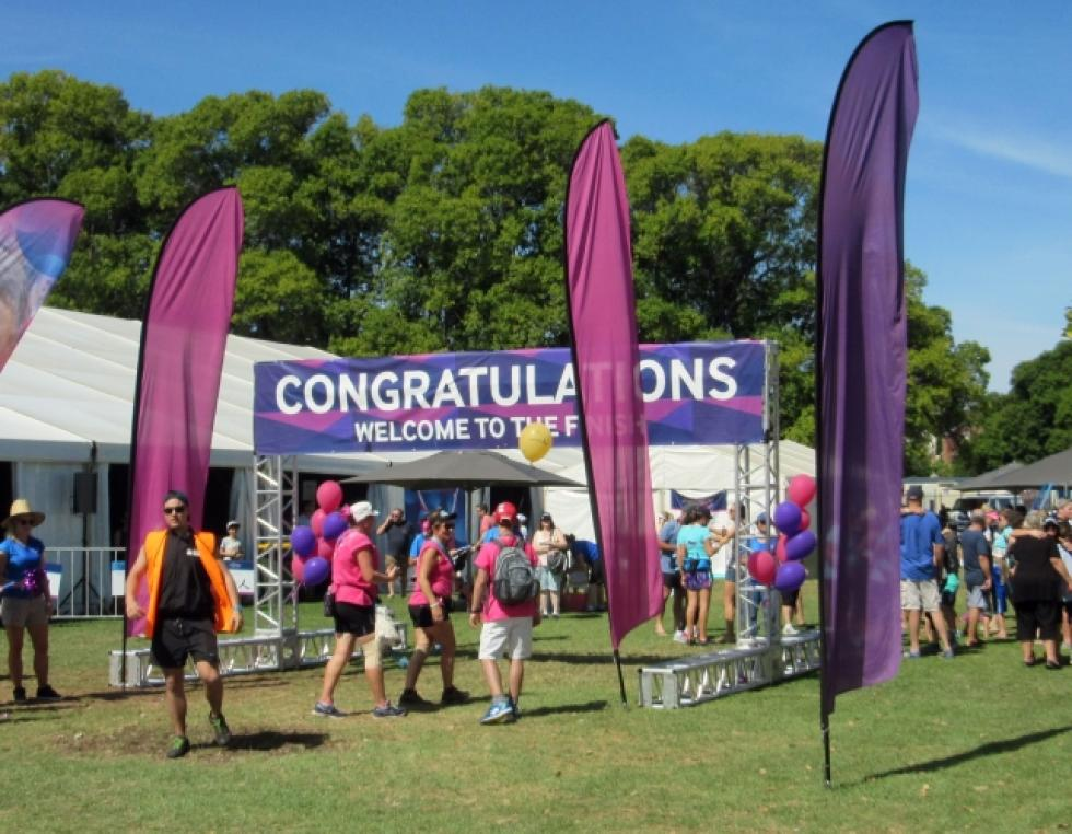 Event stanging balloons Corporaterewards.com.au