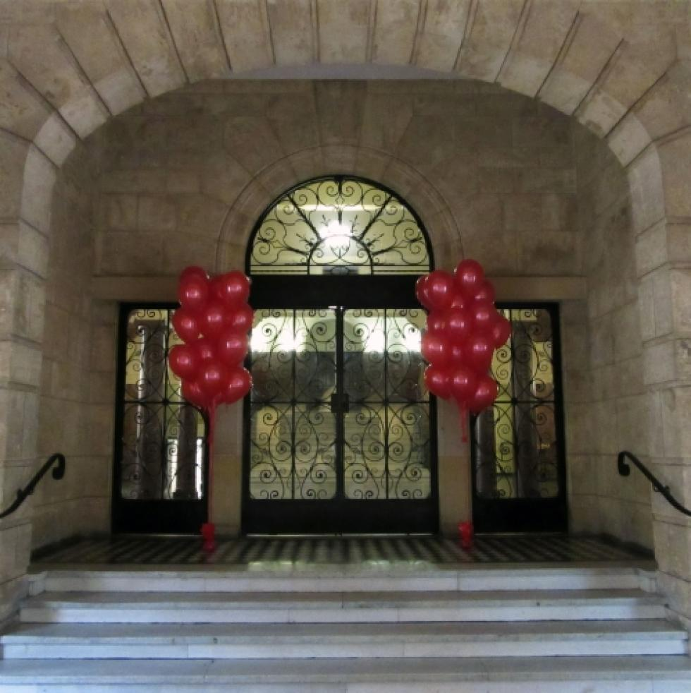 Large Red Latex Balloon Entrance Arrangements | 20 Helium Latex Balloons Winthrop Hall UWA | www.CorporateRewards.com.au