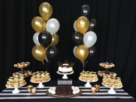 Helium Balloon Arrangements | Bear and Bee Event Design