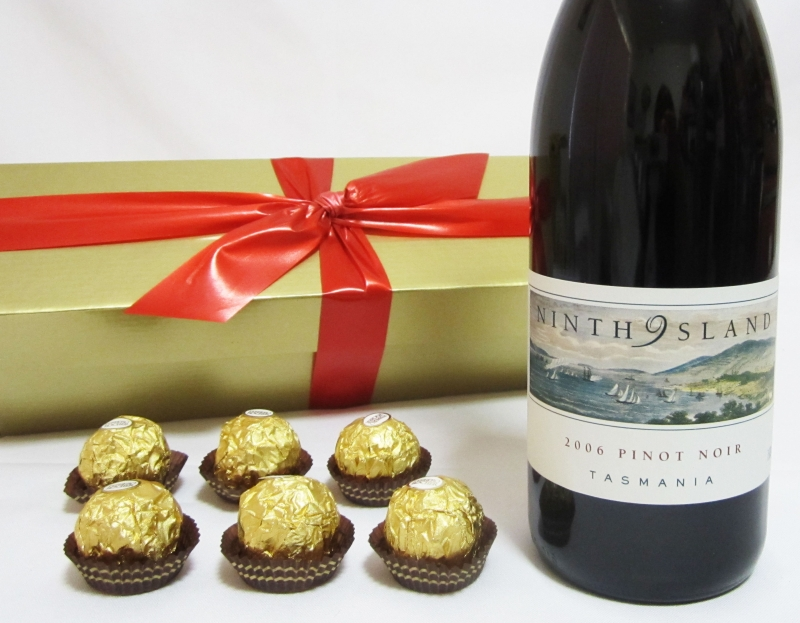 Pinot Noir Wine Gift Wine Gift Hampers Gift Baskets Perth