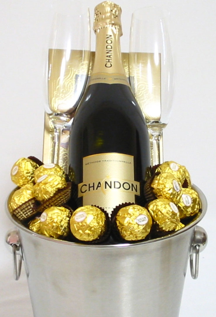 Champagne Gifts Perth Chandon Champagne Ice Buxket Gifts Chandon Champagne Gifts Delivered Same Day In Perth For Special Occasions