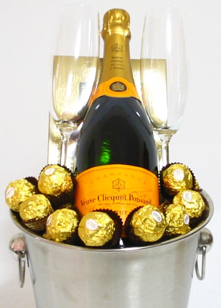 Champagne Gifts Perth Veuve Clicquot Champagne